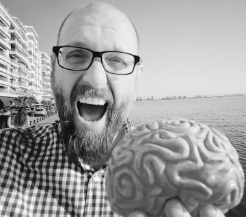 INTERVIEW – DR. NIKOLAOS DIMITRIADIS: Can Neuromarketing read your mind? It cannot.